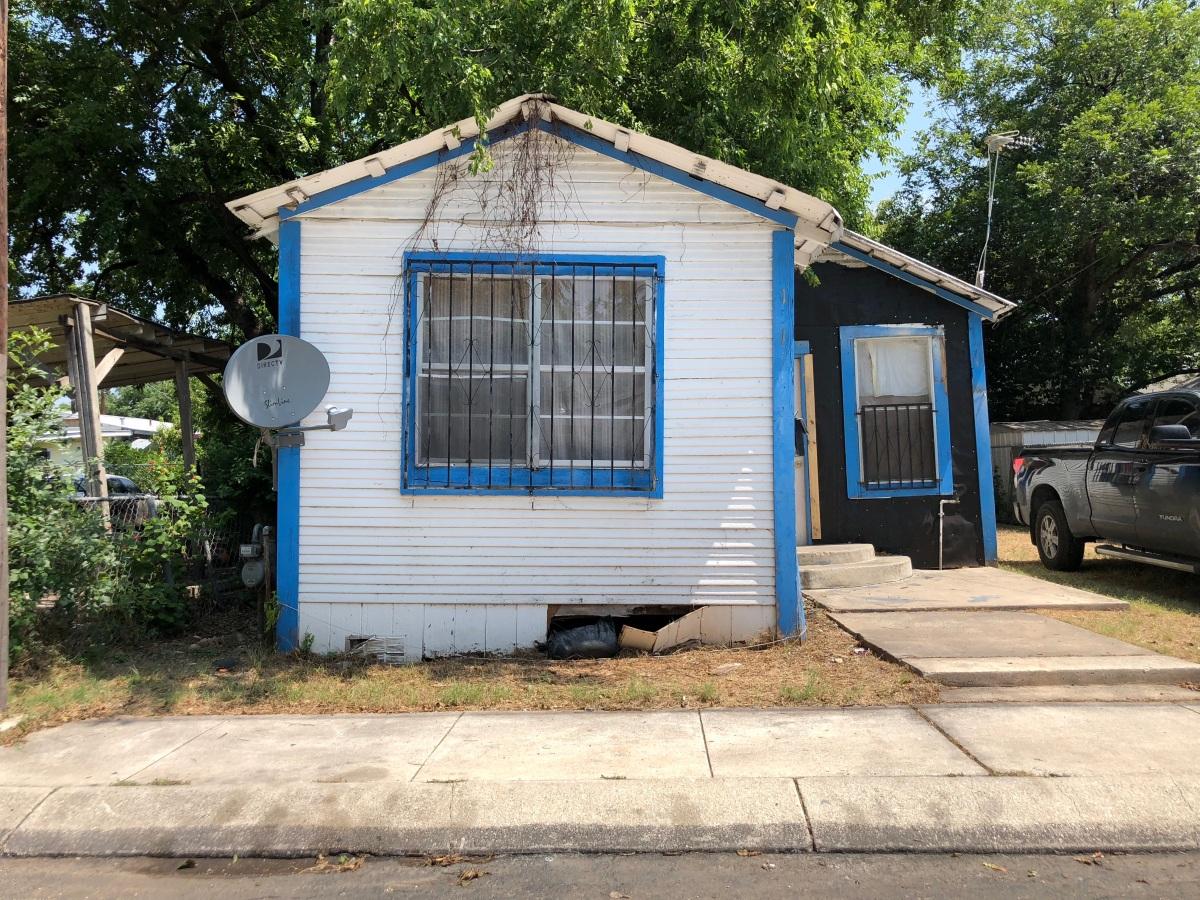 zarzamora distressed house copy